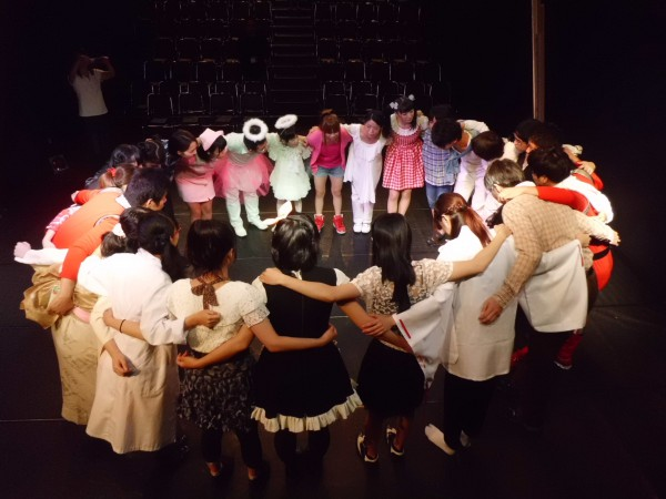 「ボクの心に天使が舞い降りた夜」 開場前、円陣を組んで Aチーム